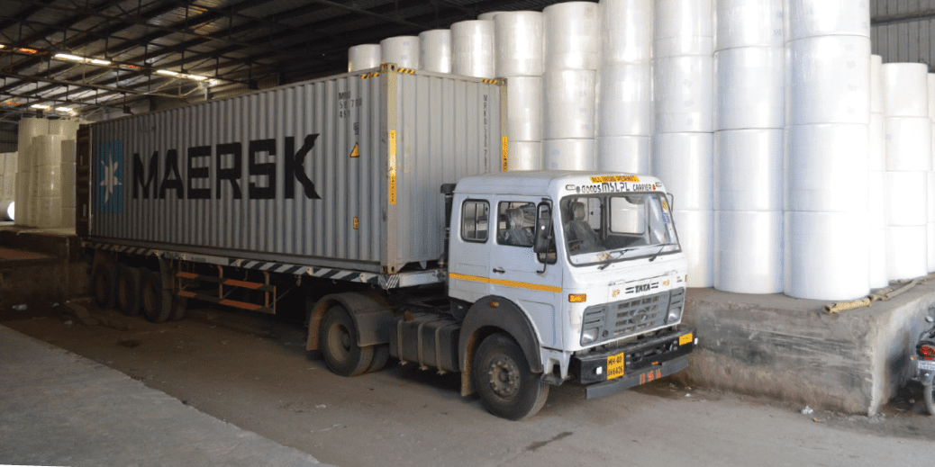 Containers for export under loading in tissue warehouse